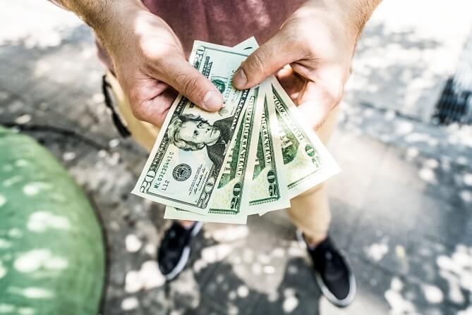 お金を貸すのは辞めよう